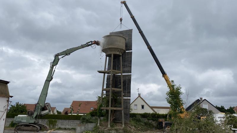 Déconstruction de bâtiments : château d'eau